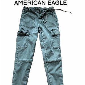 AMERICAN EAGLE cargo jeggings